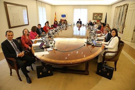 Den nya socialistregeringen har bidragit till PSOE:s bästa notering i den statliga opinionsundersökningen på åtskilliga år.