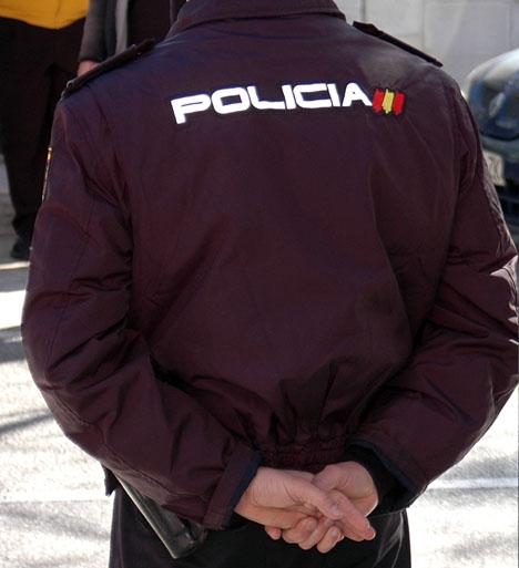 Spansk nationalpolis övermannade tre misstänkta ryska maffiamedlemmar i Marbella.