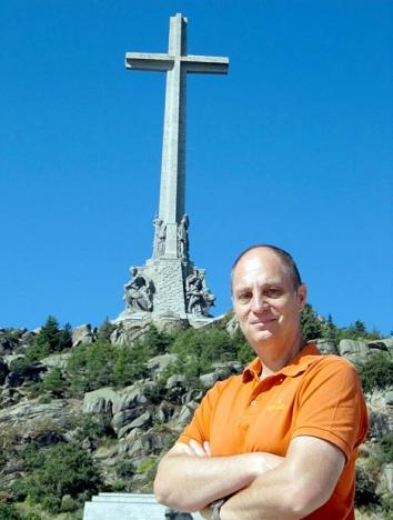 Bloggförfattaren vid Valle de los Caídos, norr om Madrid. ARKIVBILD