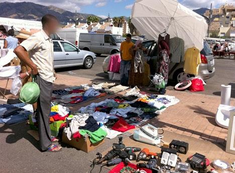 Polistillslaget skedde under tisdagsmarknaden vid feriaplatsen i Fuengirola. ARKIVBILD