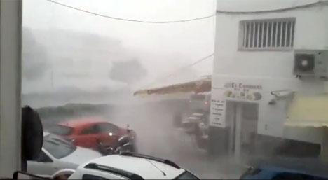 Den korta men intensiva stormen filmades av många privatpersoner. Video: Youtube