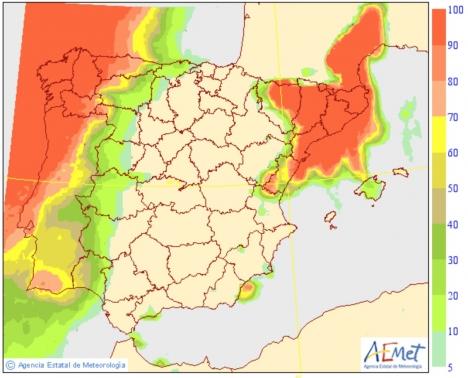 Väderlekstjänsten varnar för cyklonen Leslie och betonar svårigheterna att beräkna dess exakta väg.