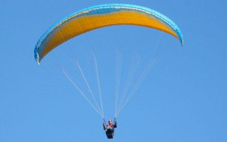 Fallskärmsflygning är populärt i Almuñécartrakten ARKIVBILD Foto: PiRK/Wikimedia Commons