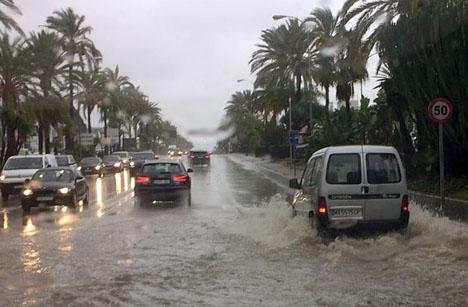 I vissa områden har nederbörden i oktober varit sju gånger större än normalt.