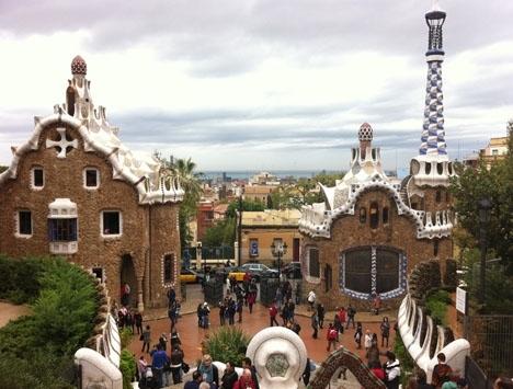 Antalet turistbesökare under årets nio första månader har backat till nivåer från 2017.