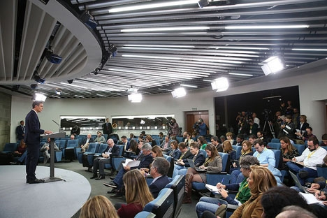 Pedro Sánchez kallade till presskonferens dagen efter HD:s kontroversiella utlåtande.