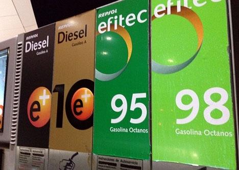 Bränsle- och elpriserna sjönk i november.