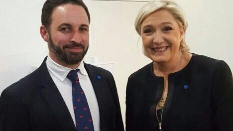 Marie Le Pen var en av de första att gratulera Vox-ledaren Santiago Abascal till valframgången i Andalusien. De har onekligen mycket gemensamt. Foto: Twitter