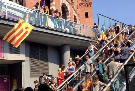 De katalanska separatisterna mobiliserar sig på gatorna i allt större utsträckning. Foto: Petra S.G. ARKIVBILD