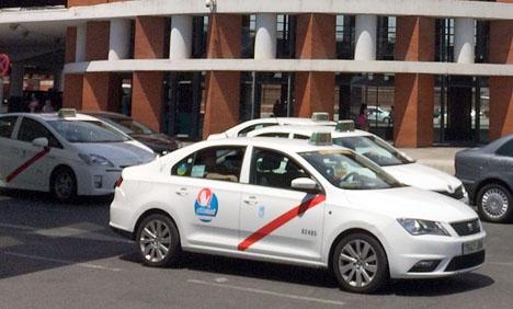 Madrid riskerar att stå utan taxitjänster när den stora turistmässan Fitur drar igång 23 januari.