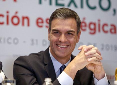 Spaniens regeringschef Pedro Sánchez var just hemkommen från ett besök i Mexiko.