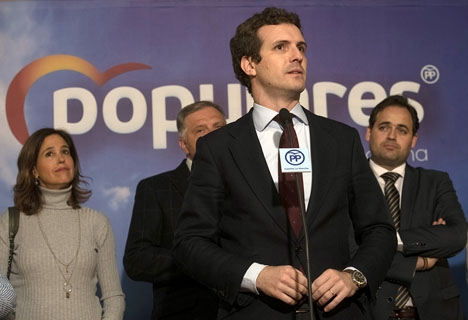 PP-ledaren Pablo Casado uppger att situationen i Spanien är den allvarligaste i Spanien sedan kuppförsöket 1981.