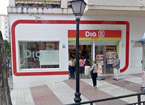 Día planerar att stänga 600 butiker i Spanien. Foto: Google Maps