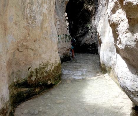 Ån Chíllar lockar många naturvandrare men regelbundet krävs räddningsaktioner.