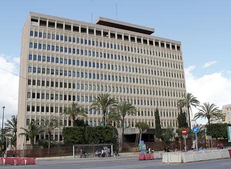 Skatteverkets byggnad i Málaga har allvarliga strukturella brister.