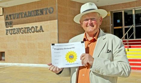 Bengt-Arne Johansson menar att han med hjälp av utlänningarnas röster har goda chanser att vinna kommunvalet.