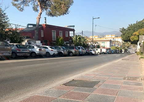Den falska elkontrollanten slog till i området La Campana, i Nueva Andalucía.