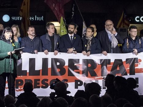 De katalanska separatisternas banderollkrig kan leda till nya rättsliga efterspel. Foto: Òmnium Cultural/Wikimedia Commons