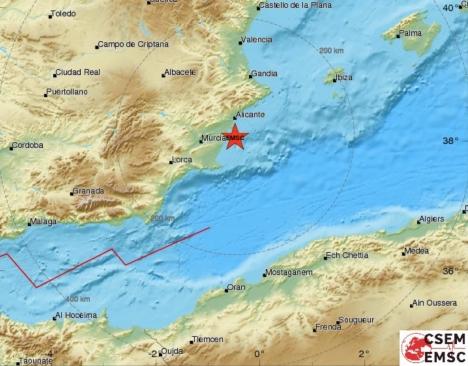 De två skalven hade sitt center vid kusten i höjd med Torrevieja. Karta: EMSC