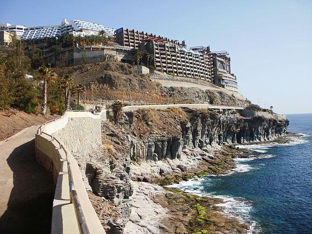 Den 42-åriga svenskan hittades död i Puerto Rico, i kommunen Mogán på Gran Canaria. Foto: hh oldman/Wikimedia Commons