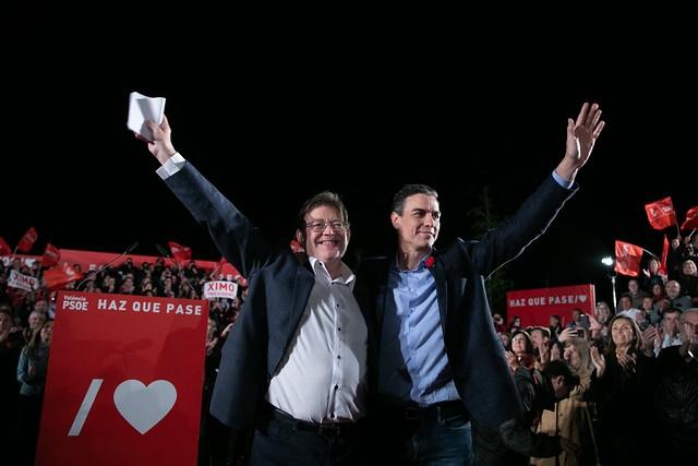 Ximo Puig och Pedro Sánchez avslutade kampanjen tillsammans i Valencia och går vinnande ur sina respektive val.