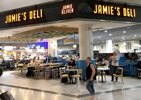 I dagsläget finns 20 matställen på Málaga flygplats och det ska bli fem till inom kort.