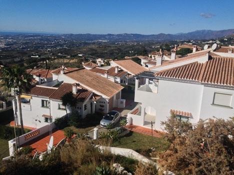 Minskningen av svenskars husköp i Spanien var närmast identisk under årets första kvartal med den kvartalet före.