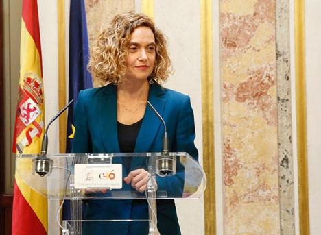 Nya talmannen Mertixell Batet (PSOE) har varit hårt ansatt från första stund.