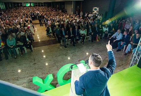 Även om Vox inte erhållit så stor representation som väntat i riks- och lokalvalen har de ändå i flera platser vågmästarroll. Foto: VOX Valencia/Wikimedia Commons