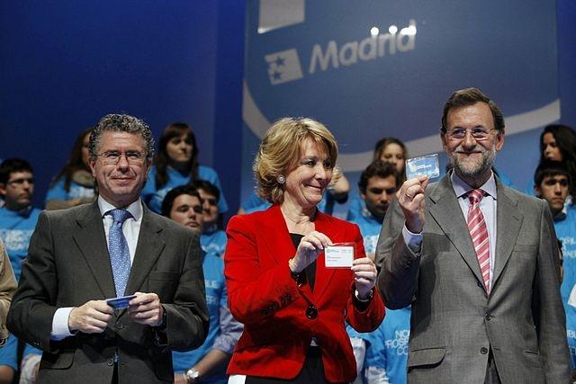 Esperanza Aguirre hade hittills undvikit att själv dras in i de många korruptionsskandaler som skakar Partido Populars avdelning i Madrid.