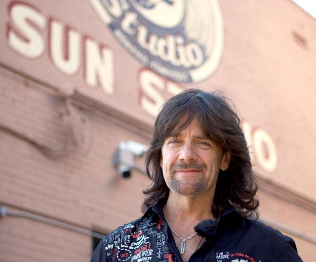 Robert Wells uppträder på Costa del Sol för fjärde gången 16 november.