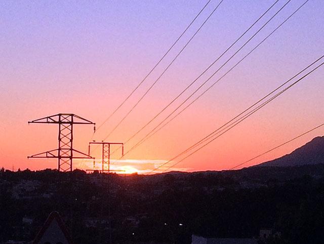Den extremt låga inflationen skylls främst stadigt sjunkande elpriser.