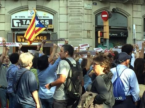 Utfallet i Högsta domstolen väckte som väntat heta protester runt om i Katalonien. Foto: Carina Martin