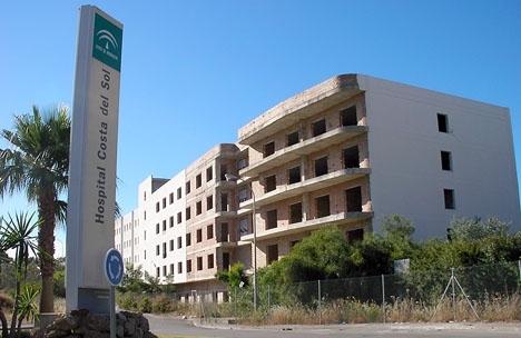 Beskedet förra året att det nya justitiepalatset skulle inrymmas i denna övergivna byggnad intill sjukhuset Costa del Sol gäller ej längre.