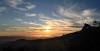 Solnedgångarna beskådade från berget är hänförande.