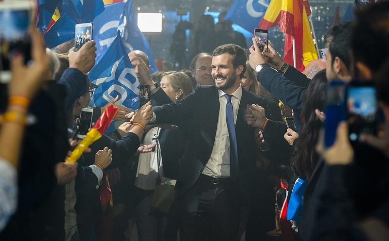 Partido Popular återhämtade sig något efter katastrofvalet i april, men inte så mycket som de hade hoppats. En stor del av de konservativa rösterna gick till extremhögern. Mer om detta på Mats Björkmans föredrag i eftermiddag.