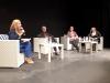 Debatten hölls i Casa de la Cultura och leddes av kommunens utbildningsråd Carmen Díaz.