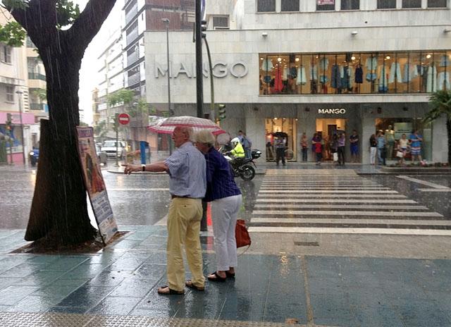 Det blir paraplyväder på Costa del Sol till och med fredag.