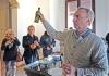 Vin- och olivexperten Johan Blanche höll i en provsmakning i Molisurs museum.