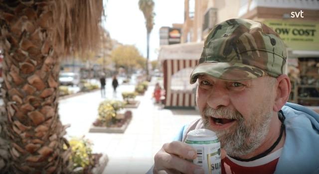 Om du är hemlös eller på annat sätt utslagen svensk som slår dig ned på Costa del Sol är chansen att du förr eller senare blir intervjuad av någon svensk journalist statistiskt sett enorm..! (Foto från Rudelius dokumentär på SVT.)