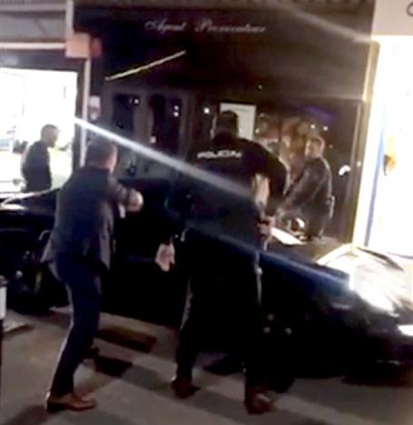 Gripandet filmades av en förbipasserande.
