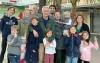 Tre svenska internationella familjer ska se till att Sverige i år finns med i den stora folkbyggdsmässan i Fuengirola.