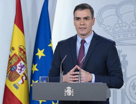 """""""Det är extraordinära tider som kräver extraordinära åtgärder"""", förkunnade den spanske regeringschefen Pedro Sánchez, när han på tisdagen presenterade stödpaketet."""