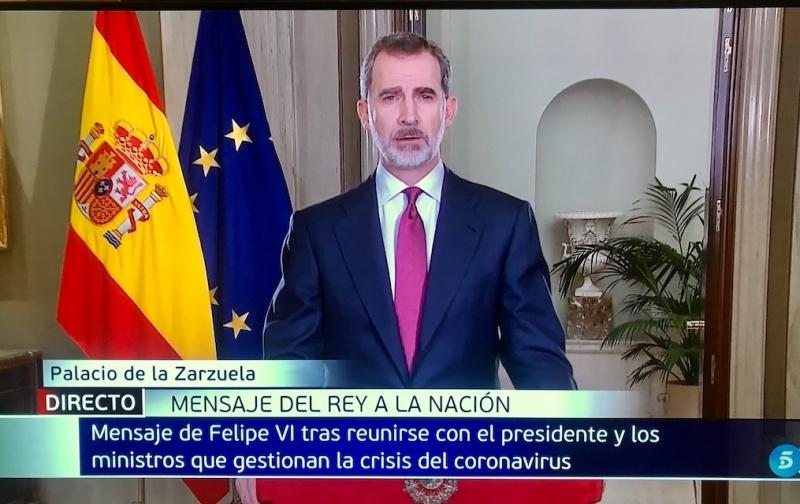 Fyra dagar efter att Spanien förklarats i larmsituation framträdde kung Felipe i ett tv-tal. Foto: Telecinco