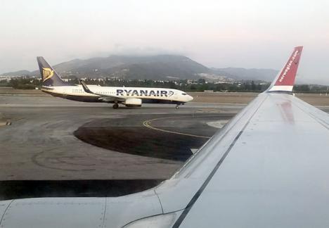 Det faktum att flera bolag fortfarande ansluter till Spanien är ej liktydigt med att alla passagerare i nuläget släpps in i landet.