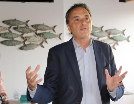 Borgmästaren i Torremolinos José Ortiz (PSOE).