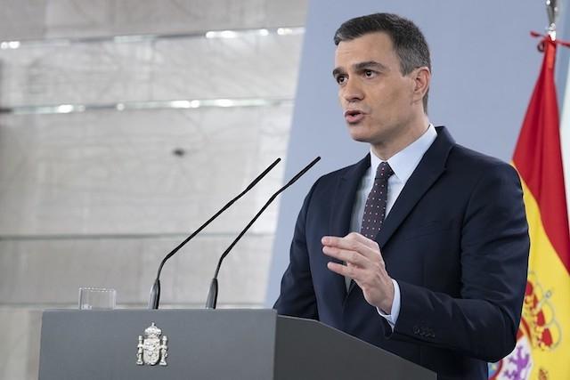 Pedro Sánchez annonserade 25 april att Spanien är på rätt väg, men att det fortfarande krävs stor varsamhet. Foto: PSOE