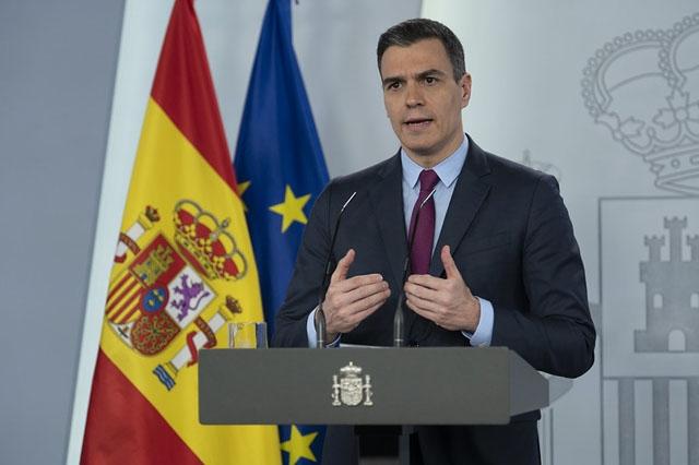 Pedro Sánchez uppger att Spanien bromsat smittkurvan