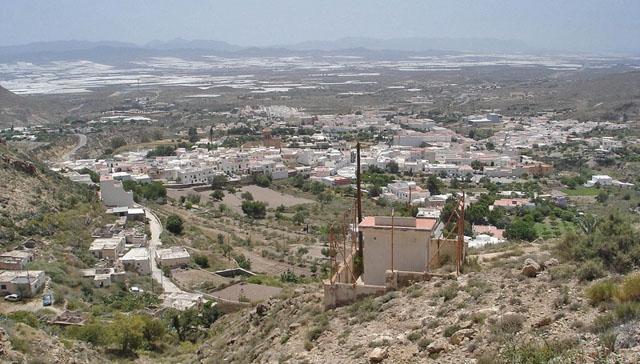 Den lägsta medelinkomsten i hela Spanien har kommunen Níjar, i Almería, med 6.755 euro om året. Foto: Jean-Claude Perez/Wikimedia Commons