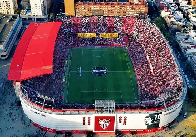Ligan återupptas efter coronaavbrottet med derbyt Sevilla-Betis, 11 juni. Foto: Ivansc98/Wikimedia Commons
